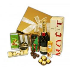 Buy Online Gift Hampers and Baskets for all occasions- Hamper House Australia Gift Hampers, Gift Baskets, Online Gifts, Chocolates, Great Gifts, Gift Wrapping, Stuff To Buy, Paper Wrapping, Schokolade
