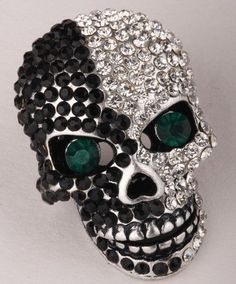 Yacq women's skull pin brooch - moving jaw - lead nickle - paved crystals - x 1 inch - scarf holders - women biker jewelry Black Jewelry, Gothic Jewelry, Biker, Chanel Brooch, Fashion Jewelry, Women Jewelry, Crystal Fashion, Skull Pendant, Black Skulls