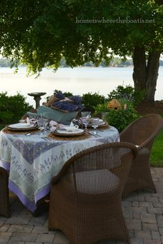 tablescape, table setting, place setting