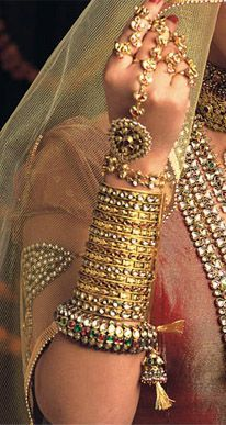 The iconic gold jewellery created by Tanishq, styled by costume designer Neeta Lulla for the film Jodha Akbar. #Bridelan
