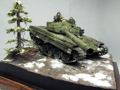 T72 M1 1/35 Scale Model Diorama