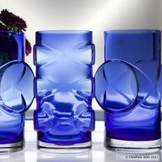 "ERKKITAPIO SIIROINEN - Glass vases ""Pablo"" for Riihimäen Lasi Oy, Finland. Glass Design, Design Art, Interior Design, Cobalt Blue, Finland, Modern Contemporary, Vases, Glass Art, Retro Vintage"