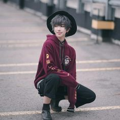 Korean Fashion Tips .Korean Fashion Tips Cute Japanese Boys, Cute Korean Boys, Male Clothes, Japanese Fashion, Korean Fashion, Boy Fashion, Fashion Outfits, Fashion Trends, Modest Fashion