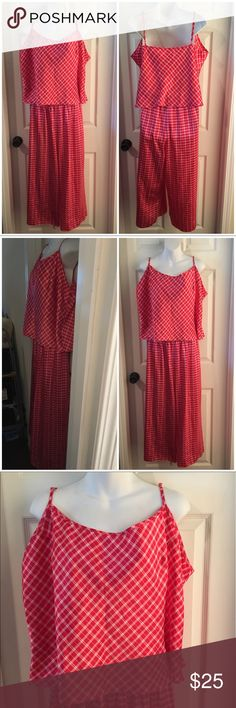 """Vintage CRUZ Red Checker Crop Tank & Crop Pant PJs Vintage CRUZ Brand Pajamas consisting of a crop tank and crop pant (21"""" inseam). My guess is from 1990s. Satin polyester. Size 2X. Excellent condition with no flaws to note. Vintage Intimates & Sleepwear Pajamas"""
