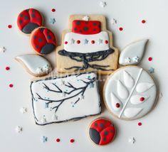 Des coccinelles et des étoiles  http://www.misscuit.com/biscuits/des-coccinelles-et-des-etoiles/
