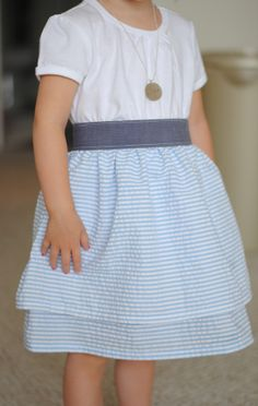 Mommy by day Crafter by night: Polka Dot Dress Tutorial Top/bottom sewn to elastic waistband