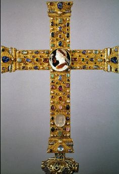Cross of Lothair, gold and precious stones, Ottonian, ca. Medieval Jewelry, Ancient Jewelry, Ottonian, Byzantine Gold, Merovingian, Golden Treasure, Prehistory, Dark Ages, Middle Ages