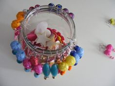 Handmade jewelry - Zoet Geluk #earrings #watdoetvanessanu #zelfmaken #colours #rainbow #craft #jewels