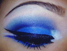 #Blue #eyeshadow #cut crease #bhcosmetics