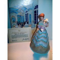 1986 LENOX AMERICAN FASHION BELLE OF THE BALL FIGURINE, SCULPTURE