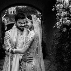 New Virat Anushka Wedding Pictures are here along with never seen before Wedding Teaser from Tuscany. You know you want to see this. Wedding Couple Poses, Pre Wedding Photoshoot, Wedding Shoot, Wedding Couples, Couple Posing, Couple Photos, Anushka Sharma And Virat, Virat Kohli And Anushka, Wedding Gifts For Newlyweds