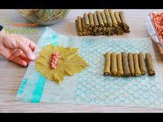Yapması zor olarak bilinen ve gerçekten çok zaman alan yaprak sarmayı kısacık zamanda incecik sarmanın yönteminin ayrıntılı yapılışı ile sizlerleyiz. 10 dakikada 1 tencere yaprak sarmanın sırrını görünce artık hep böyle yapacaksınız sarmanızı. Bu kolay yemek tarifini yaparken İşin sırrı poşetin kilitli buzdolabı Baklava Recipe, Food Garnishes, Turkish Delight, Turkish Recipes, Milkshake, Cooking Tips, Food And Drink, Pasta, Make It Yourself