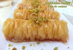 Baklawa rolls , baklawa turc