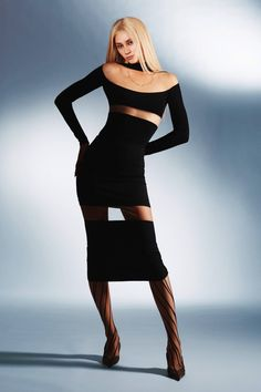 FASHION BLACK Fashion Week, Street Fashion, Runway Fashion, High Fashion, Fashion Beauty, Fashion Show, Fashion Black, Style Haute Couture, See Through Dress