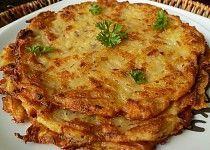 Bramborák or Czech Potato Pancakes Brambor?k or Czech Potato Pancakes Shredded Potatoes, Leftover Mashed Potatoes, Polish Potato Pancakes, Czech Recipes, Ethnic Recipes, Slovak Recipes, Sweet And Sour Cabbage, Prague Food, Dumpling Recipe