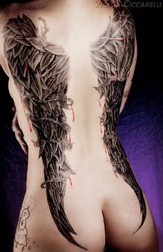 Now that. is what I fuckin want.  But way more detailed thicker wings😍😍😍😍😍 Beeindruckende Tattoos, Tattoos Motive, Badass Tattoos, Great Tattoos, Body Art Tattoos, Girl Tattoos, Tatoos, Awesome Tattoos, Crotch Tattoos