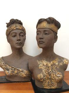 Lena derikx Keramiek Anatomy Sculpture, Paper Clay Art, Statues, Ceramic Figures, Celtic Art, Sculpture Clay, Female Portrait, Sculpting, Jewelry
