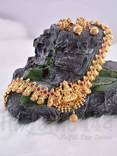 Necklace Jewellery Set with Mahalakshmi Design