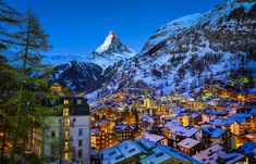 Zermatt Valley, Switzerland: This mountaineering and ski resort in the Swiss Alps is home to many tourist facilities. The year-round population is though there may be several times as many tourists in Zermatt at any one time. Zermatt, Grindelwald Switzerland, Amazing Destinations, Travel Destinations, Best Ski Resorts, Hotel Paris, Hotels, Countries To Visit, Sousse