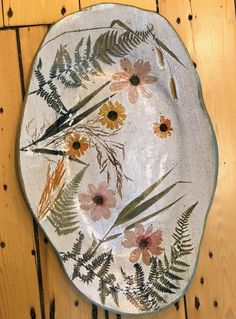 Sensational pottery bowls - read our report for additional good tips! Hand Built Pottery, Slab Pottery, Pottery Bowls, Ceramic Pottery, Pottery Art, Pottery Painting Designs, Pottery Designs, Pottery Ideas, Ceramic Painting