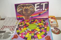 E.T. vintage board game... our lives are kind of complete now. More awesomely awful board games adapted from movies after the jump.