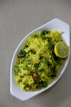 Kanda Poha recipe is a popular maharashtrian snack recipe and a breakfast recipe made with poha/atukulu is a quick snack recipe good to go during tea time. Paneer Recipes, Veg Recipes, Indian Food Recipes, Cooking Recipes, Easy Recipes, Recipies, Snack Recipes, Quick Snacks, Healthy Snacks