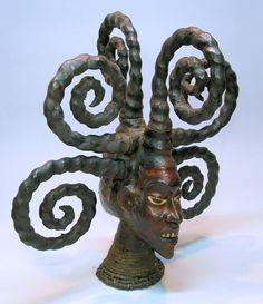 Ekoi headdress
