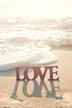 #beach love via tumblr sallywilsonshos: