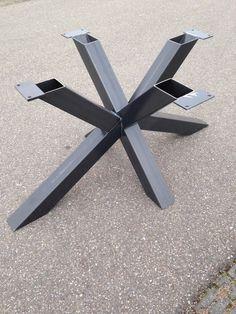 stalen kruispoot tafel, metalen kruispoot, kruispoot tafel, kruispoot tafel staal, kruispoot tafel metaal, metalen tafel onderstel, industriële tafel frame