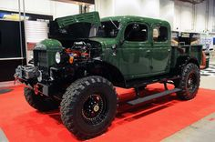 Dodge Power Wagon SEMA 2012 MAN TRUCK!!!!! <3 (i'm giggling like a little girl).