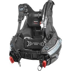 What do you get when you combine a special cut dedicated to the female body, seamless shoulder straps detachable from the aircell, soft yet durable materials and overall light weight? The ideal buoyancy compensator for female divers! Add exclusive styling, Trim Weight pouches integrated in the...