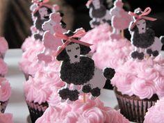 pink poodle cupcake toppers   Pâtisserie Paris: Ooh La La Poodle Cupcakes