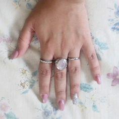 Rings pinky
