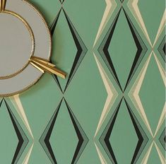 Art Deco Patterned Wall and Plate