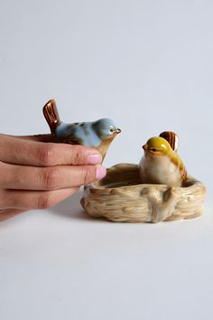 love birds salt and pepper shaker set