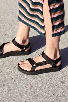 new product bd618 6f12d Midform Universal Teva Sandal