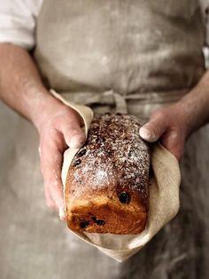 Super Easy Homemade Bread for Beginners (freshly baked ovens) Pain Artisanal, Fresh Bread, Fresh Cake, Sweet Bread, Artisan Bread, Freshly Baked, Bread Baking, Yeast Bread, Bread Food