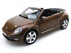 Kyosho Diecast - 2012 Volkswagen New Beetle Convertible 1/18 Toffee Brown Metallic