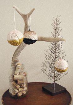 black gold and pink ornaments #Christmas #DIY