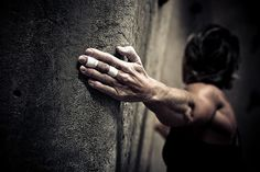 Squeeze by Jeremy Nathan, via Flickr  Bouldering