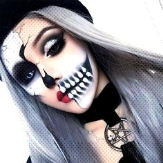 15 Scary Halloween Mouth Teeth & Half Face Makeup For Girls & Women Loading. 15 Scary Halloween Mouth Teeth & Half Face Makeup For Girls & Women Haloween Makeup, Creepy Halloween Makeup, Halloween Makeup Looks, Halloween Halloween, Scary Makeup, Dead Makeup, Fx Makeup, Half Skull Makeup, Half Face Makeup