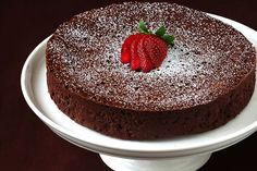 Today we have some very delicious chocolate cake images which you can see here. These all are cake, chocolate, Chocolate cake, Yummy and Delicious cakes. Köstliche Desserts, Gluten Free Desserts, Delicious Desserts, Passover Desserts, Low Calorie Chocolate, Cake Recipes, Dessert Recipes, Diet Recipes, Gimme Some Oven