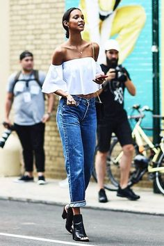 We can live in this outfit all summer long. Model-Off-Duty: Lais Ribeiro Rocks A Summer Denim Look