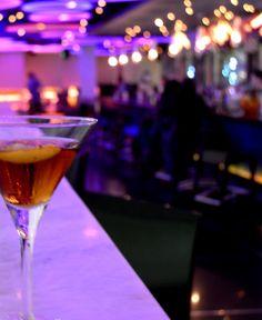 """Midnight martini"", vodka, kahlua and cinnamon syrup. Cinnamon Syrup, Restaurant Bar, Martini, Vodka, Table Decorations, Home Decor, Decoration Home, Room Decor, Home Interior Design"