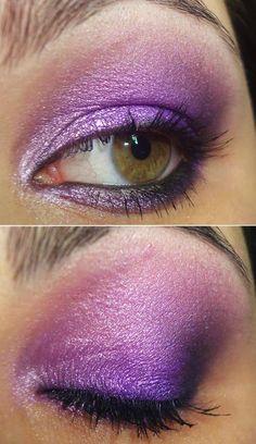 http://www.pausaparafeminices.com/maquiagem/tutorial-roxa-make-roxo-sombra-fenzza/
