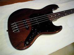 Fender Japan JB62-WAL Jazz! Walnut finish Ash body and rosewood fretboard. year 2014
