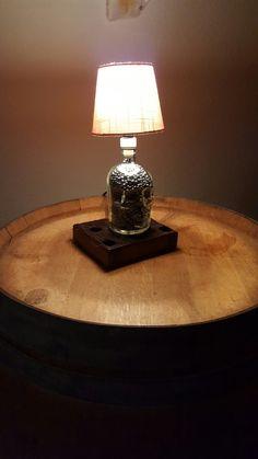 Schnapslampe auf Antikem Fachwerk