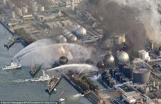 Pendant que le monde était fixé sur Fukushima, une centrale électrique brûlait à quelques kilomètres. Ils n'ont pas réussi à éteindre le feu.