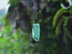 Chrysoprase Necklace, Chrysoprase Jewelry, Chrysoprase Bar Necklace, Adjustable necklace, Knotted cord Necklace, Green Stone Pendant