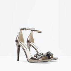 Image 4 of JEWELLED LEATHER HIGH HEELED SANDAL from Zara